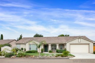 Photo 1: FALLBROOK House for sale : 3 bedrooms : 147 Kaden Ct