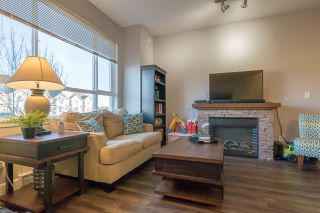 """Photo 5: 62 7088 191 Street in Surrey: Clayton Townhouse for sale in """"Montana"""" (Cloverdale)  : MLS®# R2232649"""