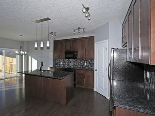 Photo 2: 142 SAGE BANK Grove NW in Calgary: Sage Hill House for sale : MLS®# C4149523
