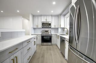 Photo 3: 21 1919 69 Avenue SE in Calgary: Ogden Semi Detached for sale : MLS®# A1082134