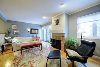 Photo 4: 30 448 Strathcona Drive SW in Calgary: Strathcona Park Row/Townhouse for sale : MLS®# A1062662