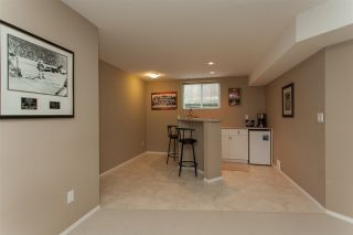 "Photo 18: 6252 167A Street in Surrey: Cloverdale BC House for sale in ""Clover Ridge"" (Cloverdale)  : MLS®# R2255428"