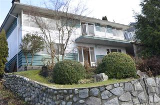 Photo 1: 660 BLUERIDGE AVENUE in NORTH VANCOUVER: Canyon Heights NV House for sale (North Vancouver)  : MLS®# R2035176