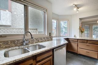 Photo 13: 262 SANDSTONE Place NW in Calgary: Sandstone Valley Detached for sale : MLS®# C4294032