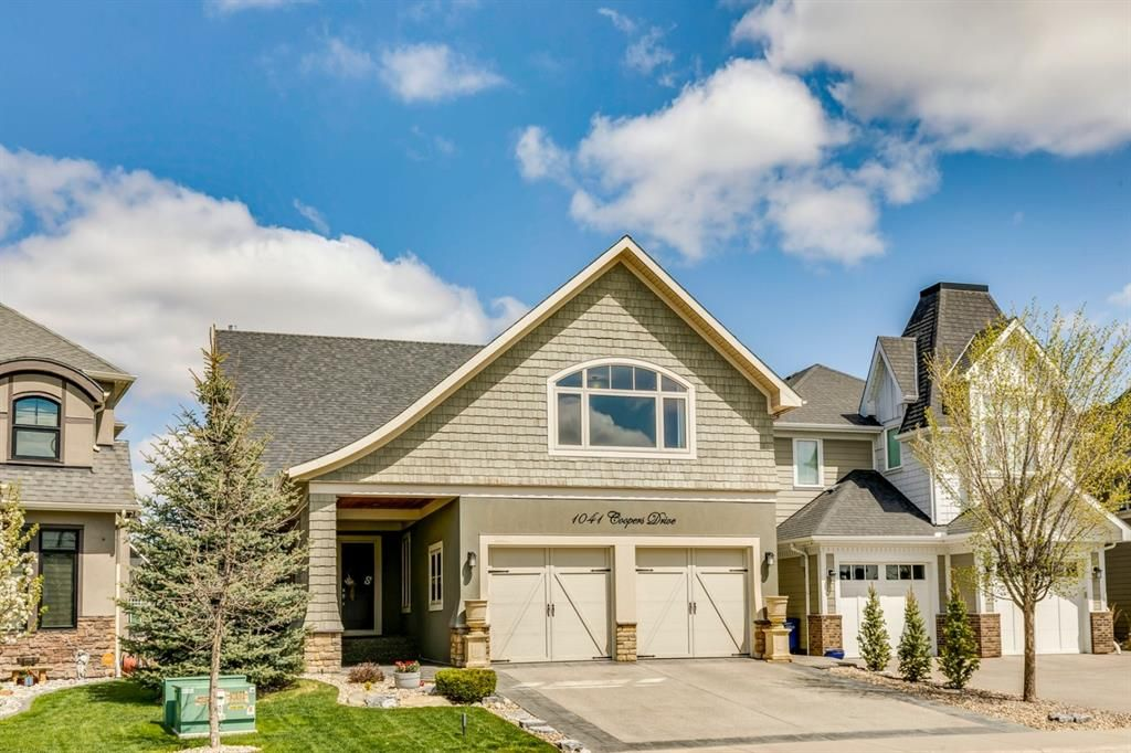 Main Photo: 1041 Coopers Drive SW: Airdrie Detached for sale : MLS®# A1139950