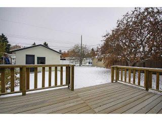 Photo 15: 615 34 Avenue NE in CALGARY: Winston Heights Mountview Residential Detached Single Family for sale (Calgary)  : MLS®# C3549154