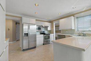 Photo 11: 259 HEAGLE Crescent in Edmonton: Zone 14 House for sale : MLS®# E4247429