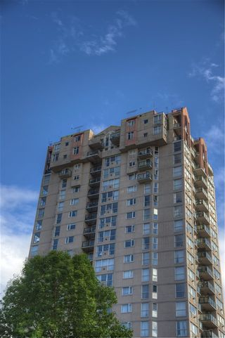 Photo 13: 1603 10 LAGUNA COURT in New Westminster: Quay Condo for sale : MLS®# R2091249