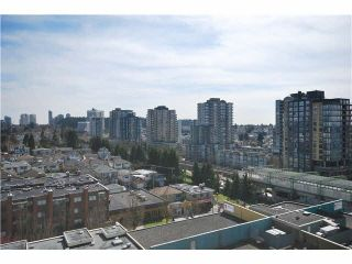 Photo 5: 1201 3489 ASCOT Place in Vancouver: Collingwood VE Condo for sale (Vancouver East)  : MLS®# R2381769