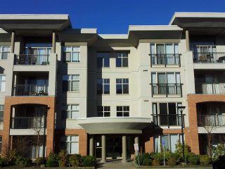 """Photo 1: 208 33545 RAINBOW Avenue in Abbotsford: Central Abbotsford Condo for sale in """"The Tempo"""" : MLS®# R2541016"""