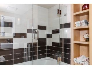 """Photo 15: 2203 739 PRINCESS Street in New Westminster: Uptown NW Condo for sale in """"BERKLEY PLACE"""" : MLS®# V1125945"""