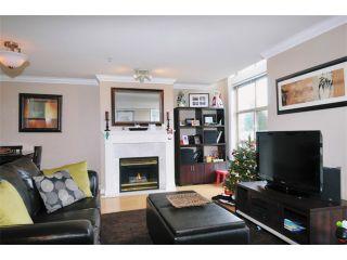 """Photo 1: 29 2378 RINDALL Avenue in Port Coquitlam: Central Pt Coquitlam Condo for sale in """"BRITTANY PARK"""" : MLS®# V922637"""