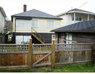 Photo 10: 3349 ARCHIMEDES Street in Vancouver: Collingwood VE House for sale (Vancouver East)  : MLS®# V698961
