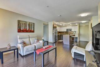"Photo 4: 405 8695 160 Street in Surrey: Fleetwood Tynehead Condo for sale in ""Monterosso"" : MLS®# R2577883"