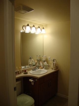 """Photo 11: 905 615 HAMILTON STREET in """"THE UPTOWN"""": Home for sale"""