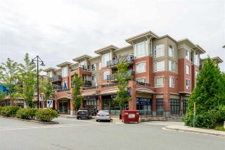 Photo 2: 111 2970 KING GEORGE AVENUE in Surrey: King George Corridor Condo for sale (South Surrey White Rock)  : MLS®# R2467675