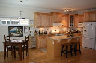 Photo 6: 15487 Goggs Avenue in La Villettina: Home for sale : MLS®# F1023920