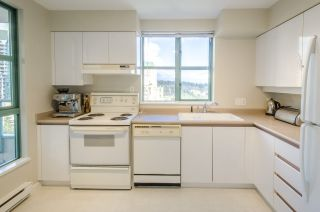 "Photo 10: 1406 3071 GLEN Drive in Coquitlam: North Coquitlam Condo for sale in ""PARC LAURANT"" : MLS®# R2144375"