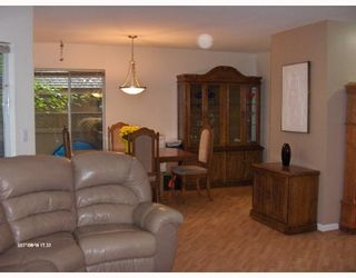 """Photo 3: 21 1251 LASALLE Place in Coquitlam: Canyon Springs Townhouse for sale in """"CHATEAU LASALLE"""" : MLS®# V653219"""