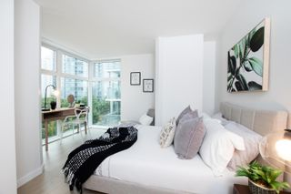 """Photo 11: A503 431 PACIFIC Street in Vancouver: Yaletown Condo for sale in """"PACIFIC POINT"""" (Vancouver West)  : MLS®# R2619355"""