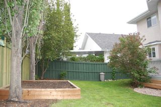Photo 5: 1012 HOLGATE Place in Edmonton: Zone 14 House for sale : MLS®# E4247473