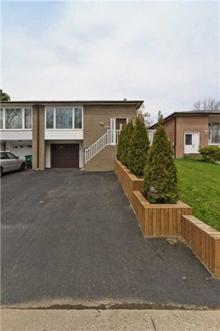 Main Photo: 1330 Playford Road in Mississauga: Clarkson House (Backsplit 4) for sale : MLS®# W3491047