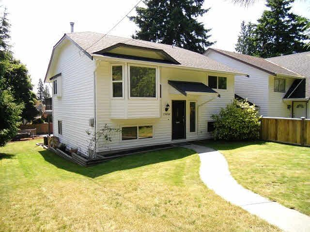 Main Photo: 13484 16TH Avenue in Surrey: Crescent Bch Ocean Pk. 1/2 Duplex for sale (South Surrey White Rock)  : MLS®# F1421818