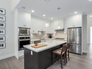 """Photo 6: 16 3103 160 Street in Surrey: Grandview Surrey Townhouse for sale in """"PRIMA"""" (South Surrey White Rock)  : MLS®# R2298557"""