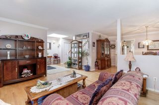Photo 6: 13678 91 Avenue in Surrey: Bear Creek Green Timbers House for sale : MLS®# R2384528