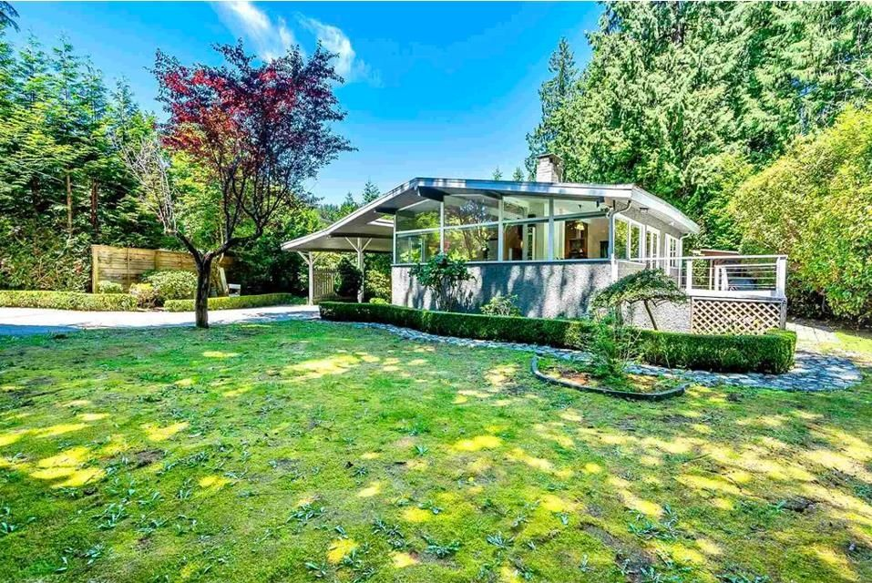 Main Photo: 338 MOYNE Drive in West Vancouver: British Properties House for sale : MLS®# R2607408