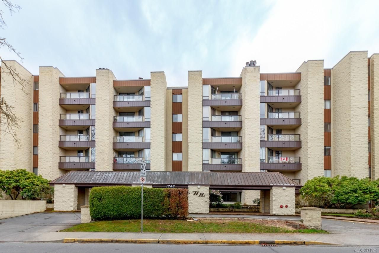 Main Photo: 202 1745 Leighton Rd in : Vi Jubilee Condo for sale (Victoria)  : MLS®# 871321