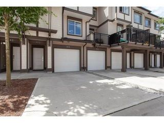 "Photo 2: 113 19433 68 Avenue in Surrey: Clayton Townhouse for sale in ""The Grove"" (Cloverdale)  : MLS®# R2303599"