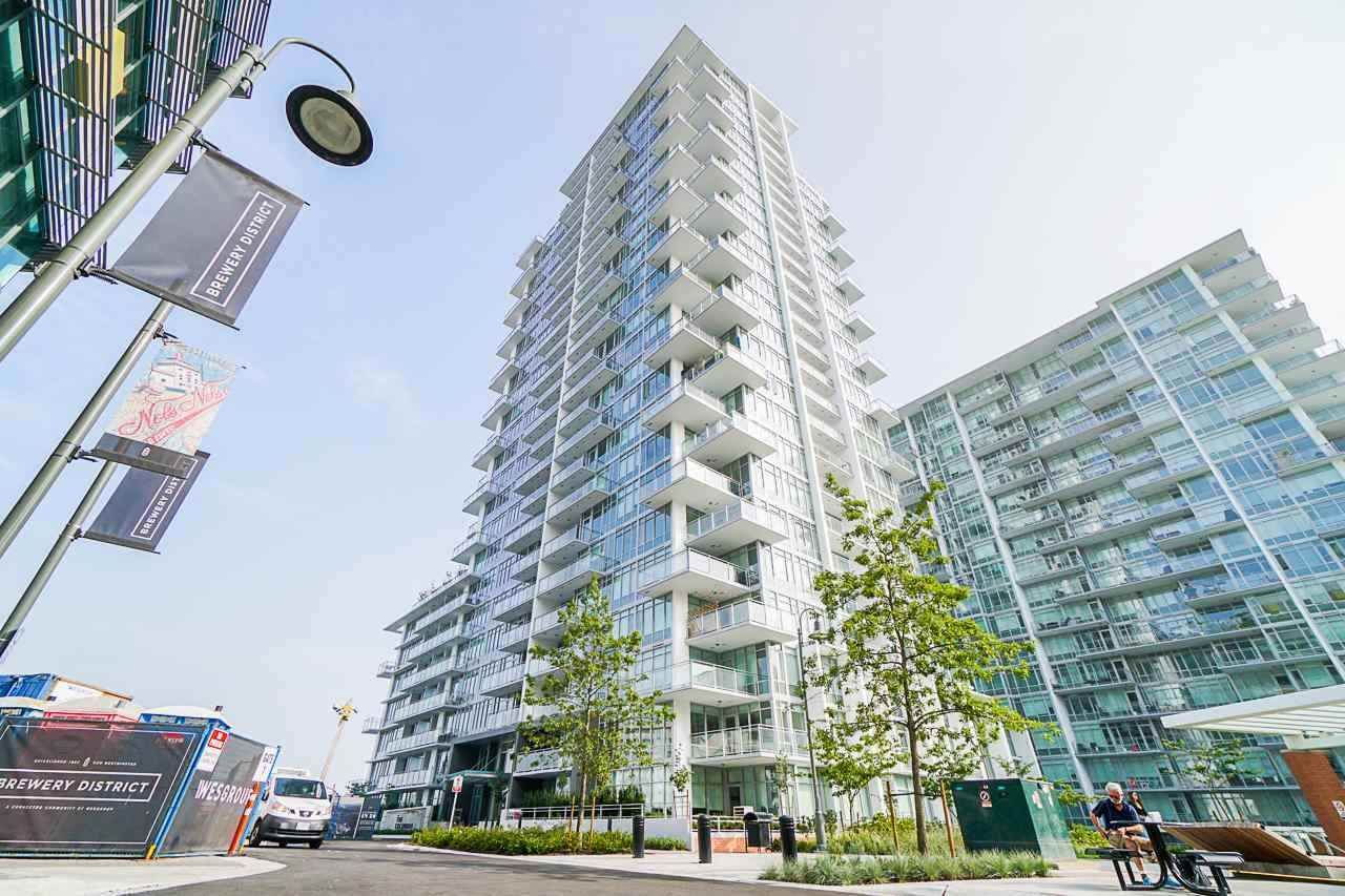 Main Photo: 2504 258 NELSON'S Crescent in New Westminster: Sapperton Condo for sale : MLS®# R2581750