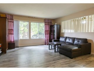 Photo 3: 429 LAURENTIAN Crescent in Coquitlam: Central Coquitlam House for sale : MLS®# R2549934