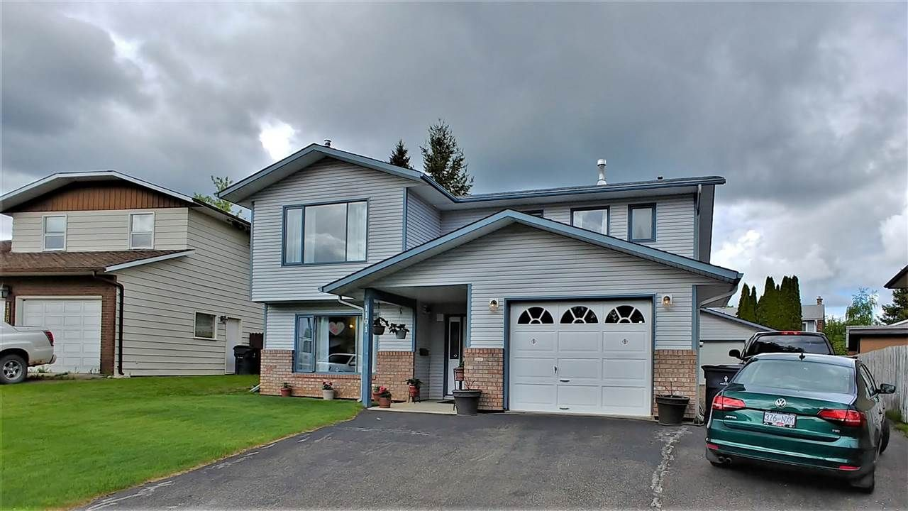 "Main Photo: 1191 STIRLING Drive in Prince George: Highland Park House for sale in ""HERITAGE"" (PG City West (Zone 71))  : MLS®# R2461923"