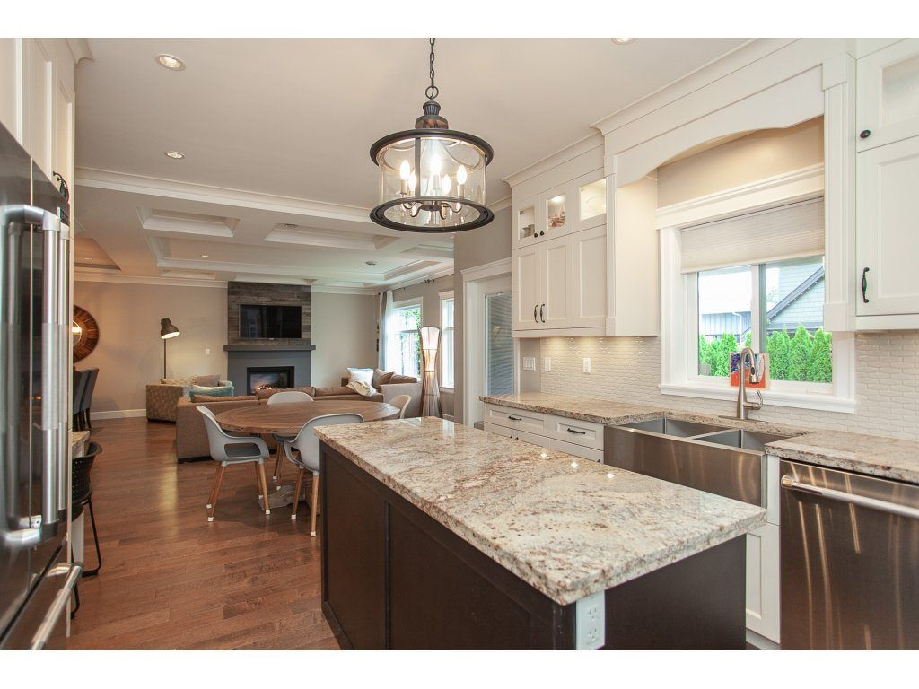 Photo 11: Photos: 1413 130 Street in Surrey: Crescent Bch Ocean Pk. House for sale (South Surrey White Rock)  : MLS®# R2311122