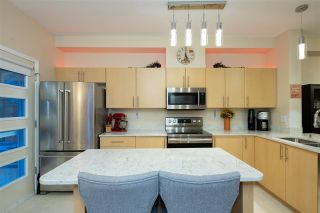 "Photo 10: 53 15 FOREST PARK Way in Port Moody: Heritage Woods PM Townhouse for sale in ""DISCOVERY RIDGE"" : MLS®# R2540995"