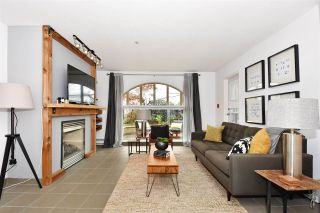 """Photo 3: 104 55 E 10TH Avenue in Vancouver: Mount Pleasant VE Condo for sale in """"ABBEY LANE"""" (Vancouver East)  : MLS®# R2265111"""