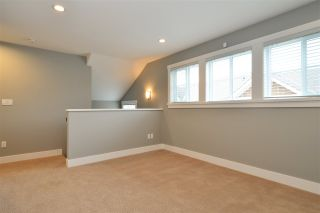 """Photo 12: 19 2453 163 Street in Surrey: Grandview Surrey Townhouse for sale in """"Azure West"""" (South Surrey White Rock)  : MLS®# R2334851"""
