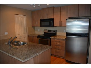 """Photo 6: 3205 898 CARNARVON Street in New Westminster: Downtown NW Condo for sale in """"AZURE 1 @ PLAZA 88"""" : MLS®# V1078443"""