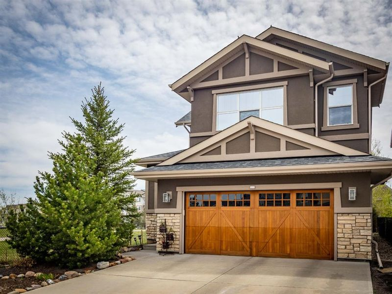 FEATURED LISTING: 233 Cranarch Common Southeast Calgary