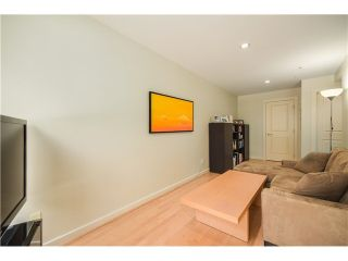 "Photo 13: 690 W 16TH Avenue in Vancouver: Cambie Townhouse for sale in ""HEATHERVIEW"" (Vancouver West)  : MLS®# V1069354"