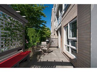 """Photo 19: 108 1823 W 7TH Avenue in Vancouver: Kitsilano Townhouse for sale in """"THE CARNEGIE"""" (Vancouver West)  : MLS®# V1073495"""