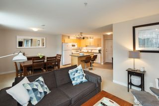 """Photo 11: 301 2225 HOLDOM Avenue in Burnaby: Central BN Condo for sale in """"LEGACY TOWERS"""" (Burnaby North)  : MLS®# R2329994"""