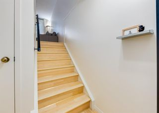 Photo 5: 52 Point Drive NW in Calgary: Point McKay Row/Townhouse for sale : MLS®# A1147727