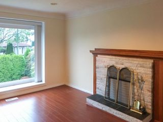 Photo 2: 115 W 41ST Avenue in Vancouver: Cambie House for sale (Vancouver West)  : MLS®# R2604477