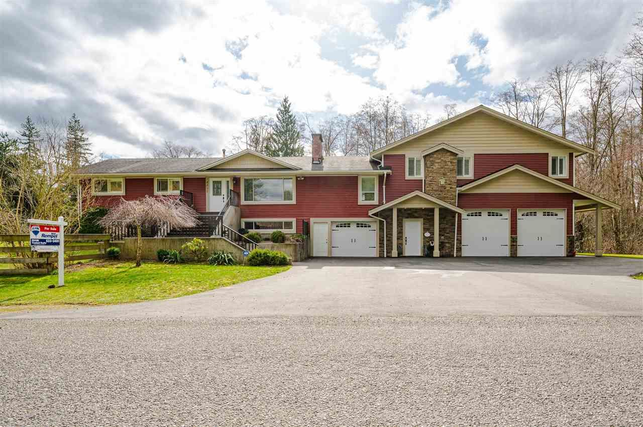 """Main Photo: 4537 SADDLEHORN Crescent in Langley: Salmon River House for sale in """"Salmon River"""" : MLS®# R2553970"""