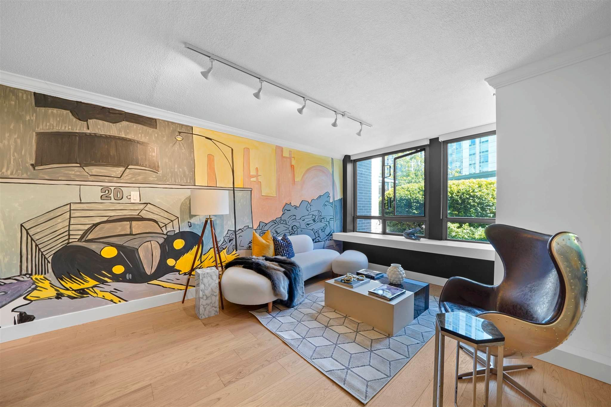 Main Photo: 203 238 ALVIN NAROD MEWS in Vancouver: Yaletown Condo for sale (Vancouver West)  : MLS®# R2604830