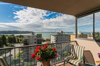 """Photo 2: 801 555 13TH Street in West Vancouver: Ambleside Condo for sale in """"PARKVIEW TOWERS"""" : MLS®# R2105654"""