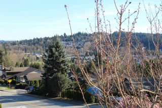 Photo 13: 1295 LANSDOWNE Drive in Coquitlam: Upper Eagle Ridge House for sale : MLS®# R2044705